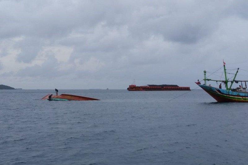 Kapal nelayan asal Jakarta ditemukan terbalik di Laut Karimunjawa