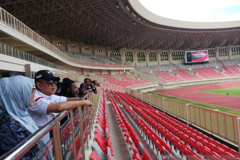 Tim sepakbola PON tetap berlatih di tengah pandemi COVID-19