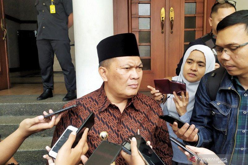 Wali Kota Bandung: Jangan ada yang menimbun masker