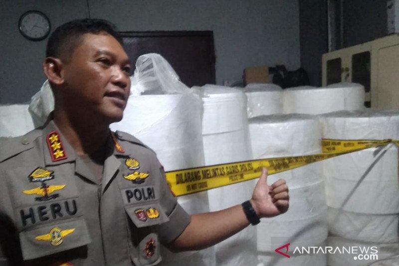 Pabrik masker ilegal bisa raup omzet Rp4,7 miliar