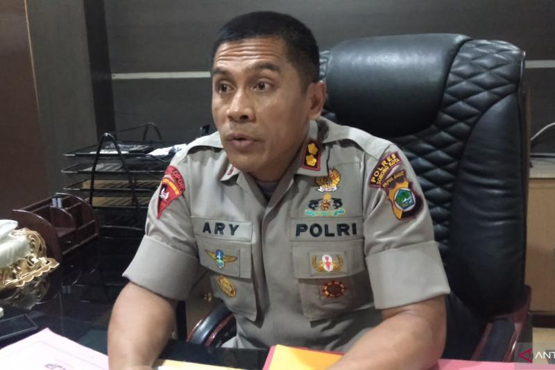 Polres Sorong Kota mengungkap pemalsuan kartu vaksin