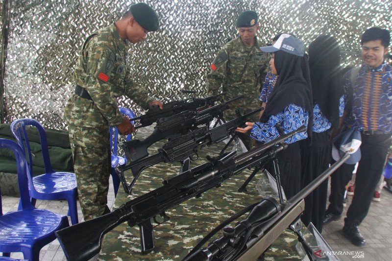 Pameran alutsista TNI di Malang