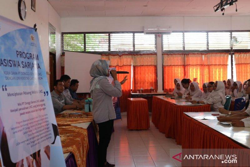 PT DSLNG-UGM buka program beasiswa S1 untuk pelajar lokal di Banggai