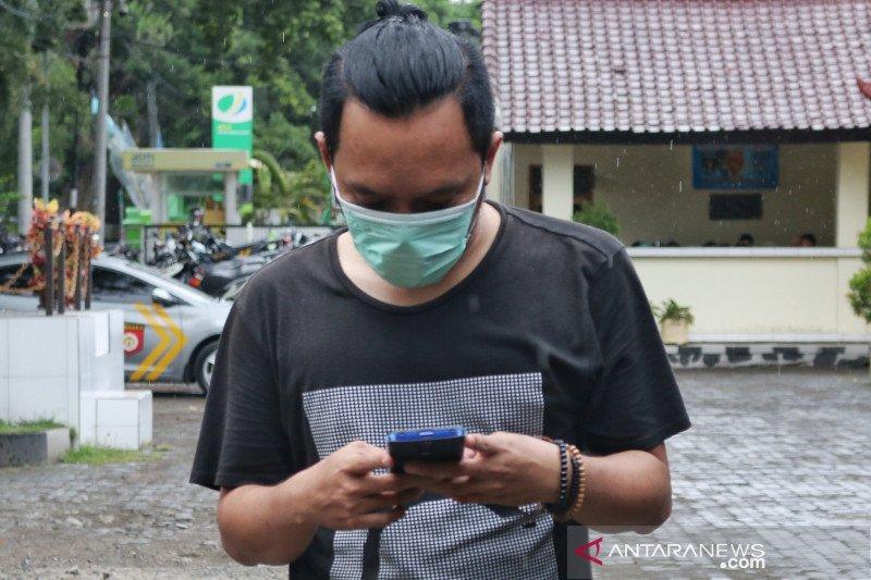 Polda NTB: kalau ada yang menjual masker harga tinggi segera laporkan
