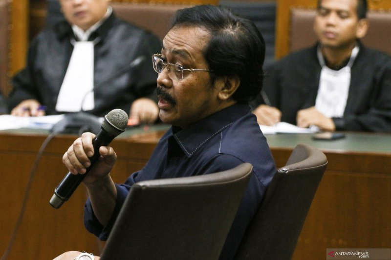 Gubernur Kepri nonaktif Nurdin Basirun dituntut 6 tahun penjara