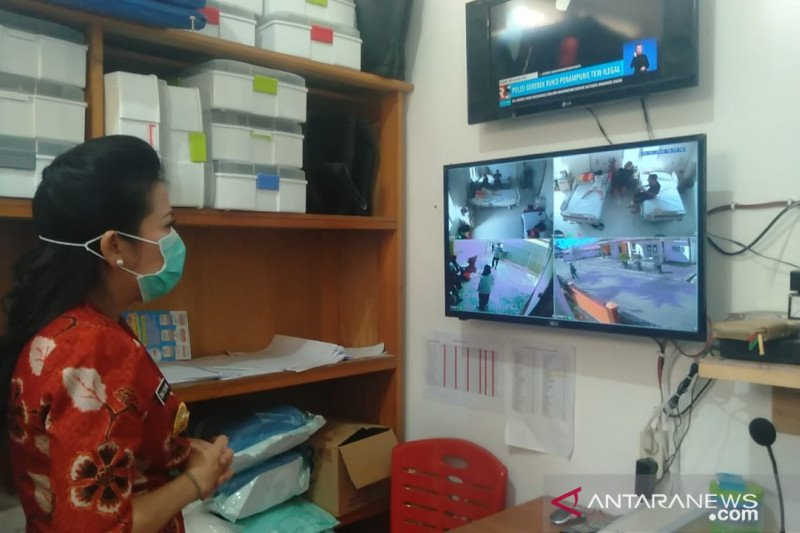 Wali Kota Singkawang pantau perkembangan pasien diduga corona