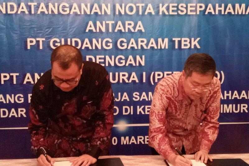 AP I dan Gudang Garam tandatangani MoU pengelolaan Bandara Kediri