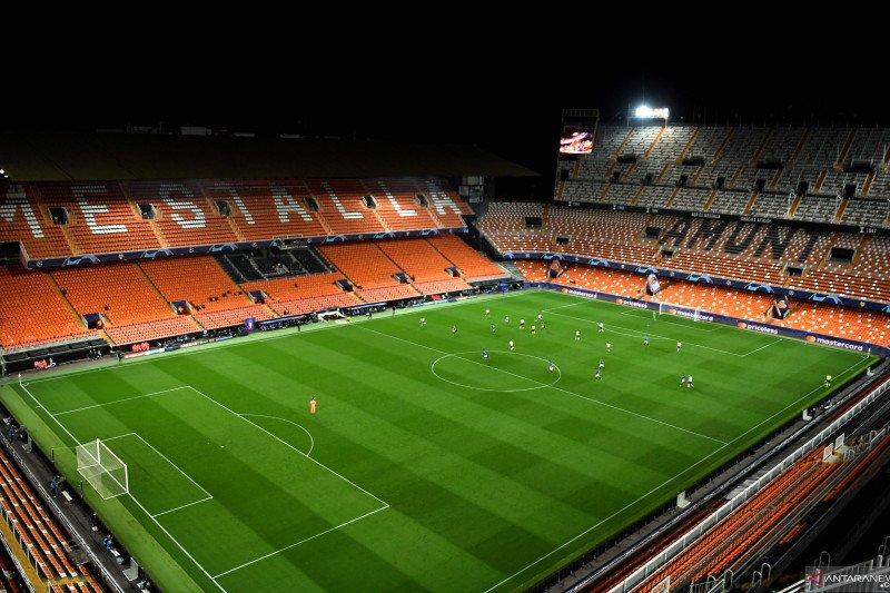 Sebagian laga dua pekan akhir Liga Spanyol boleh dihadiri penonton