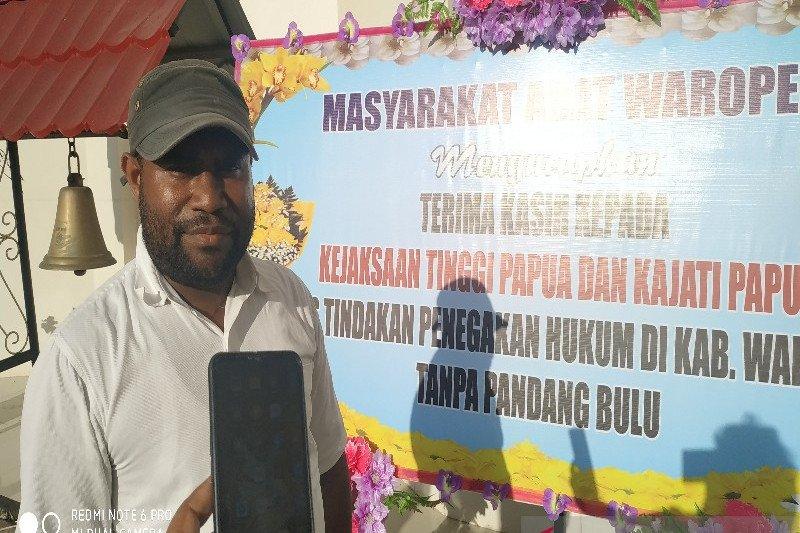 Masyarakat Waropen datangi Kejati dan Polda Papua, nyatakan dukungan penanganan kasus korupsi