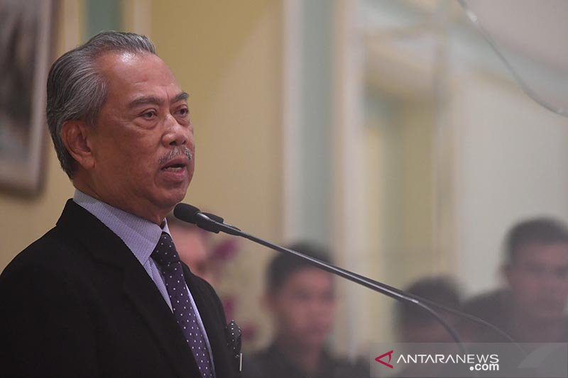 PM Malaysia serahkan menteri pelanggar karantina ke pihak berwajib