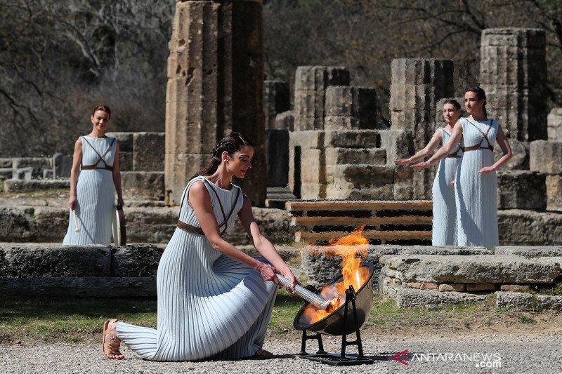 Pawai obor api Olimpiade 2020 di Yunani dihentikan