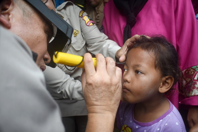 Warga Kepulauan Seribu Utara antusias periksa kesehatan mata