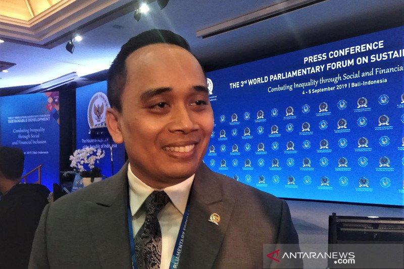 Anggota DPR: Pemerintah ikuti saran WHO tetapkan darurat nasional