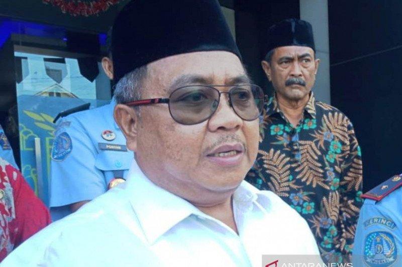 Bupati Aceh Barat imbau warga tetap tenang terkait corona