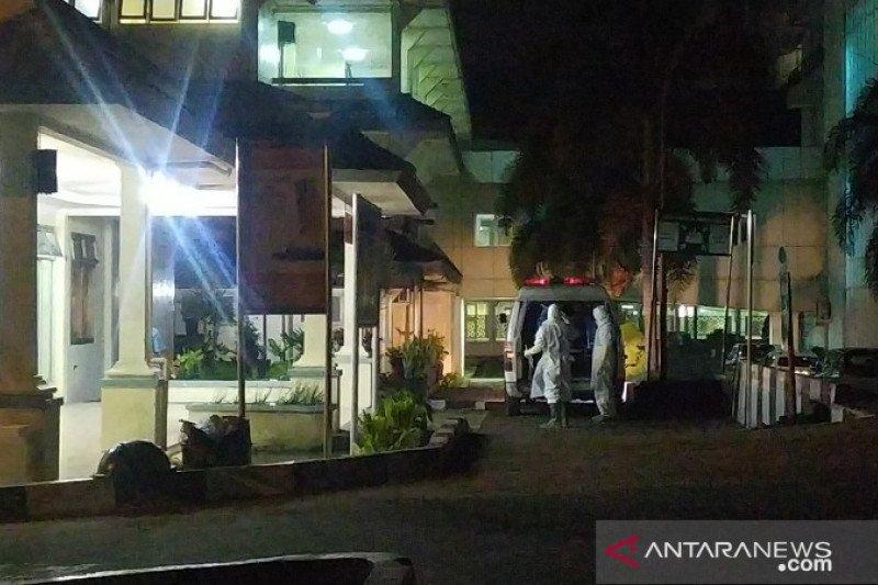 Dinkes Sumut telusuri rekan-rekan PDP corona yang meninggal di Medan