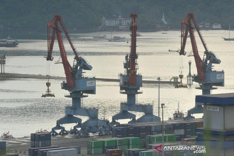 Pelindo II tunda ekspansi pelabuhan asing akibat ancaman resesi