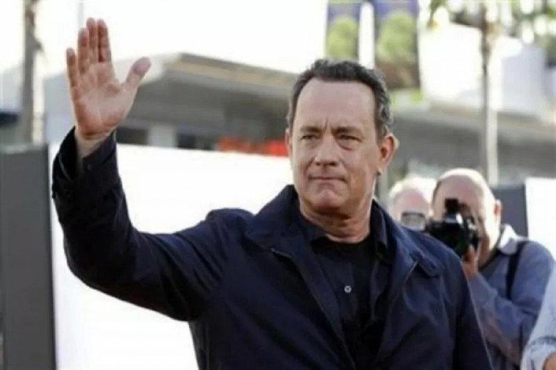 Tom Hanks hadiahi bocah Australia bernama Corona yang ditindas