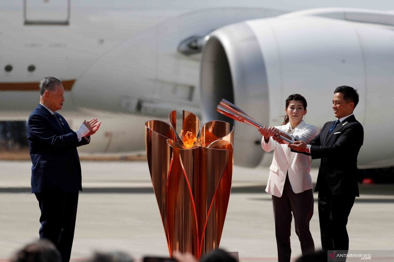 Obor Olimpiade tiba di Jepang dari Yunani