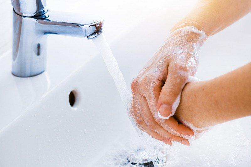 Pakar: Berlebihan pakai cairan pembersih tangan bisa sebabkan iritasi