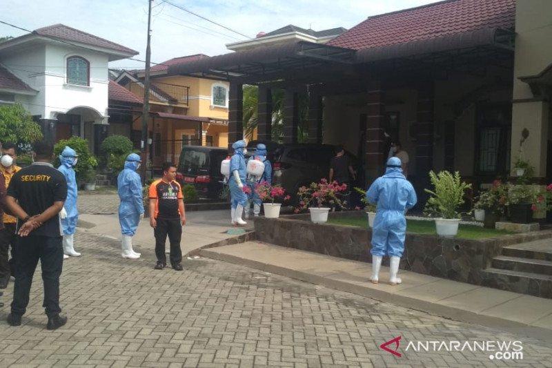 Dinkes Riau isolasi enam anggota keluarga pasien positif COVID-19
