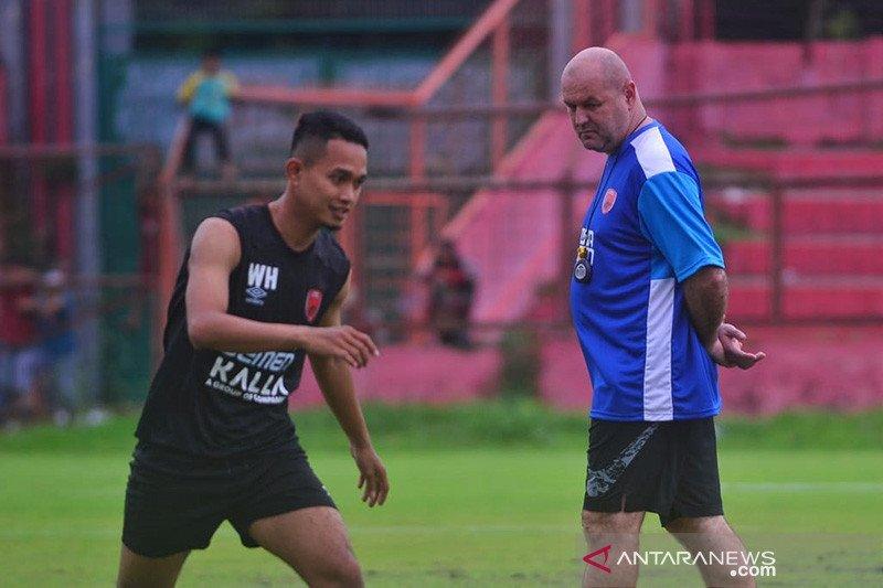 PSM Makassar putus komunikasi dengan Bojan Hodak