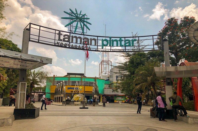 Dampak pandemi COVID-19, kunjungan wisatawan ke Yogyakarta turun signifikan