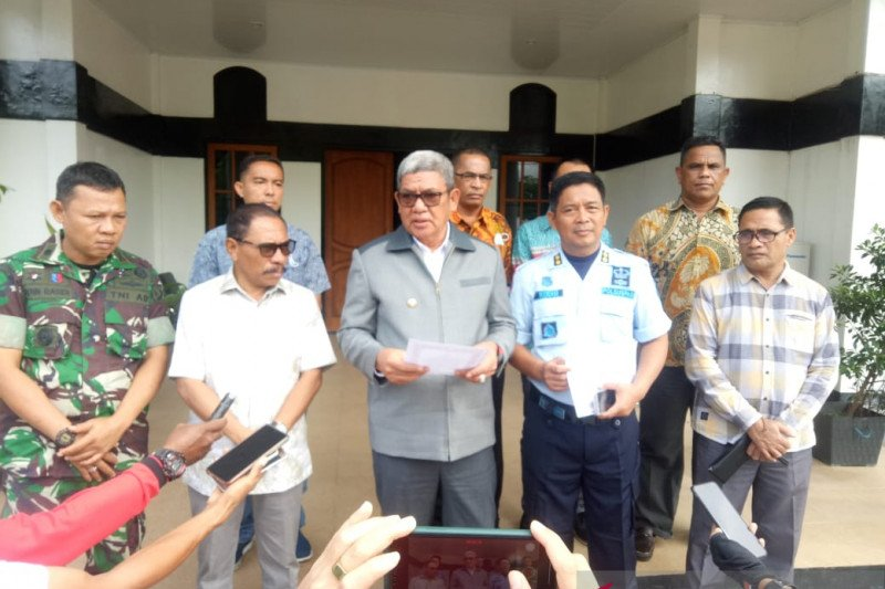 Bupati Maluku Tenggara sampaikan patuhi Maklumat Kepolisian RI