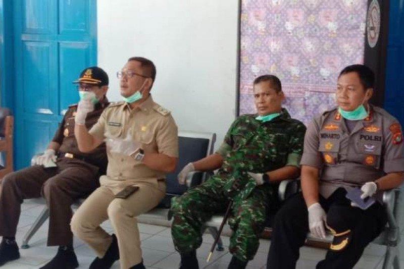 Wabub Mamuju minta kantor pelayanan gunakan SOP pencegahan COVID-19