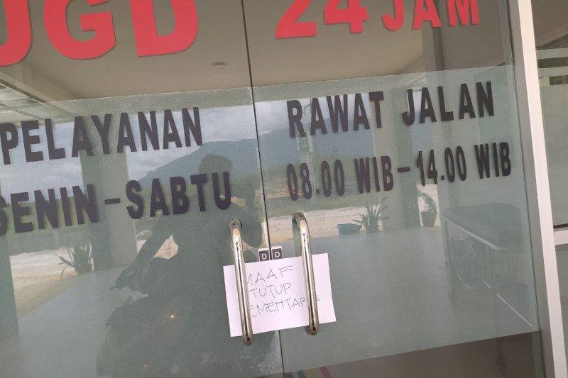 Rumah sakit di perbatasan tutup karena pekerjanya tuntut gaji