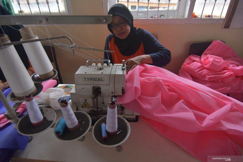 Produksi APD dalam negeri terus digenjot Pemerintah Jokowi-Ma'ruf