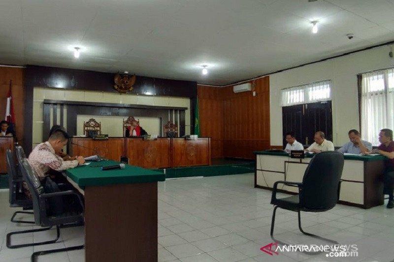 Hakim tolak praperadilan Plt Bupati Bengkalis, buronan korupsi