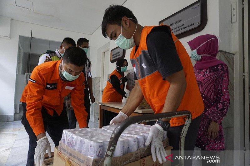 Rumah Zakat salurkan makanan untuk petugas medis COVID-19