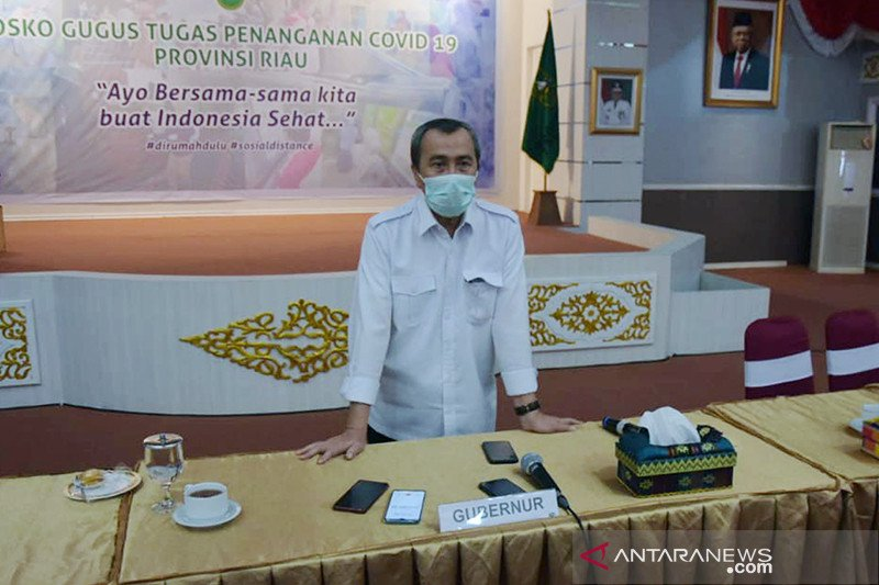 Gubernur Riau: ICMI dan MDI hentikan sementara kirim khatib Jumat