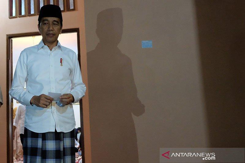 Presiden Jokowi minta para menteri tetap fokus tangani COVID-19