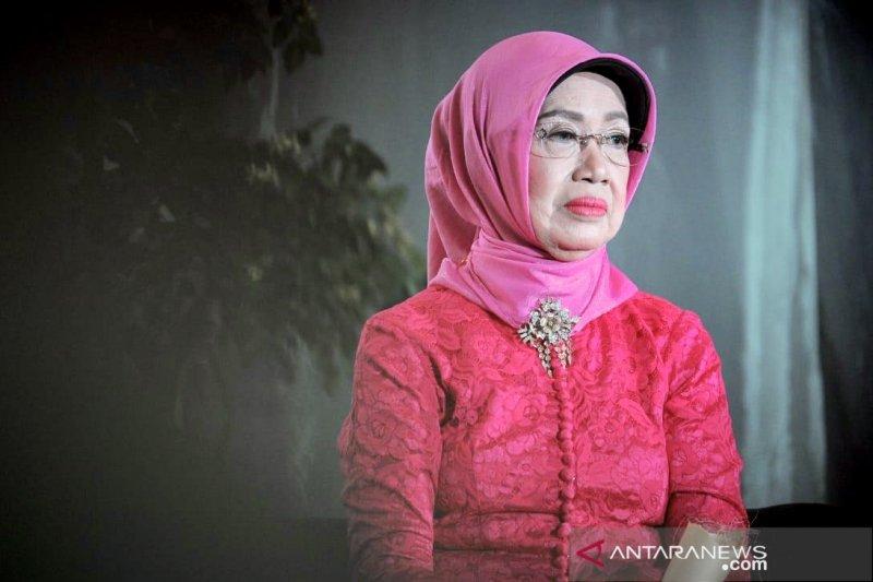 Gus Menteri ajak masyarakat desa doakan  Ibunda Presiden