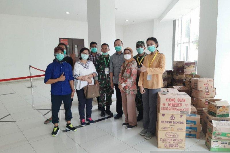 Ragam sumbangsih bagi pahlawan kesehatan di tengah pandemi COVID-19