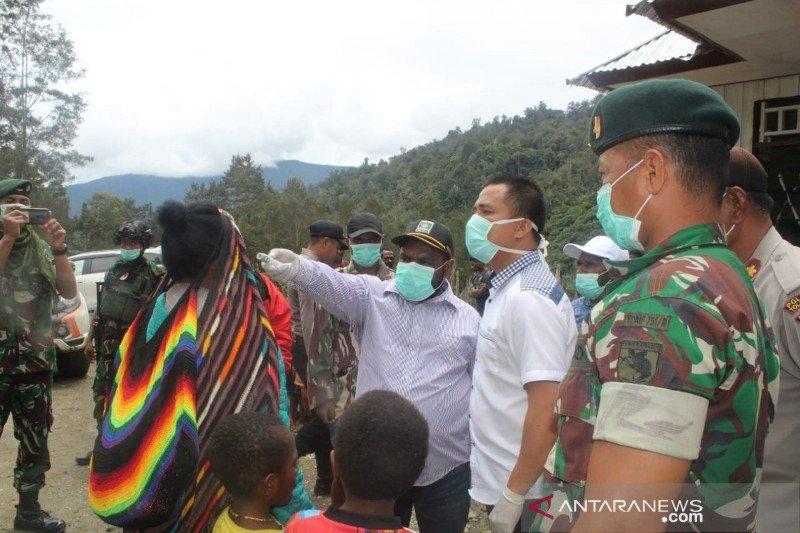 Cegah COVID-19, Tolikara larang warga lakukan acara Bakar Batu
