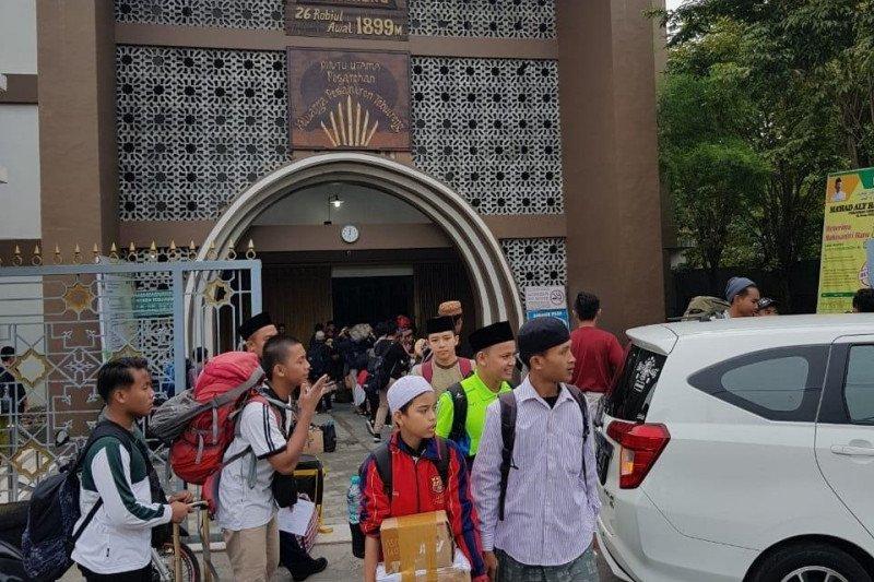 Santri Pesantren Tebuireng dipulangkan untuk cegah penularan COVID-19
