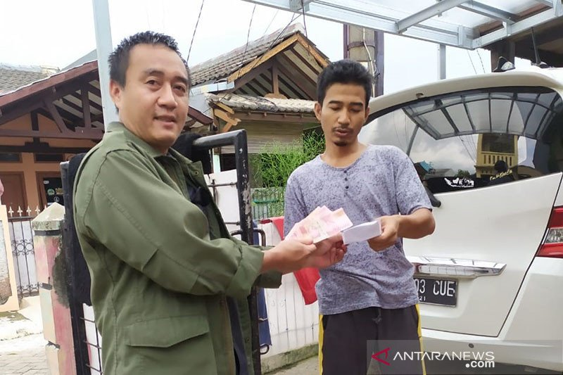 Pasar Tangerang sediakan belanja pangan daring antisipasi keramaian