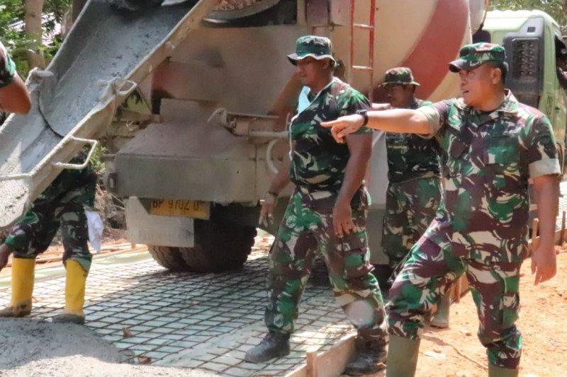 Koperasi di Bogor dukung TNI bangun infrastruktur pedesaan