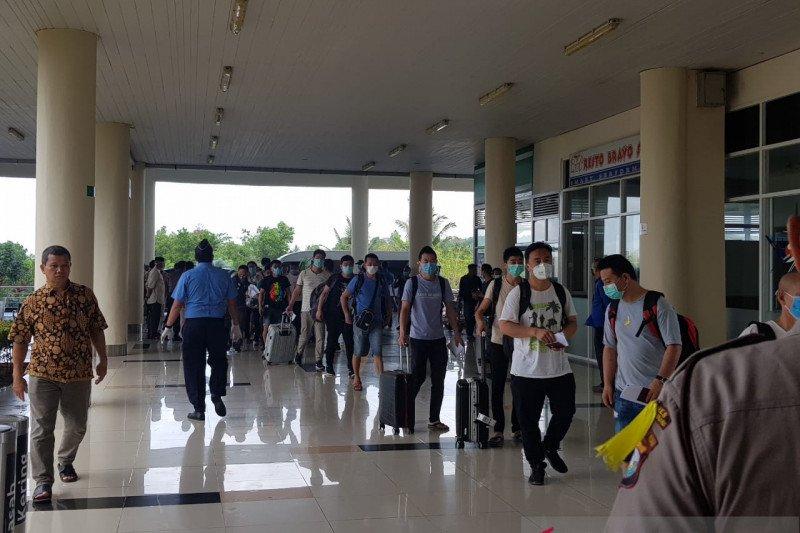 Tak miliki dokumen, 29 TKA asal China diberangkatkan ke Jakarta