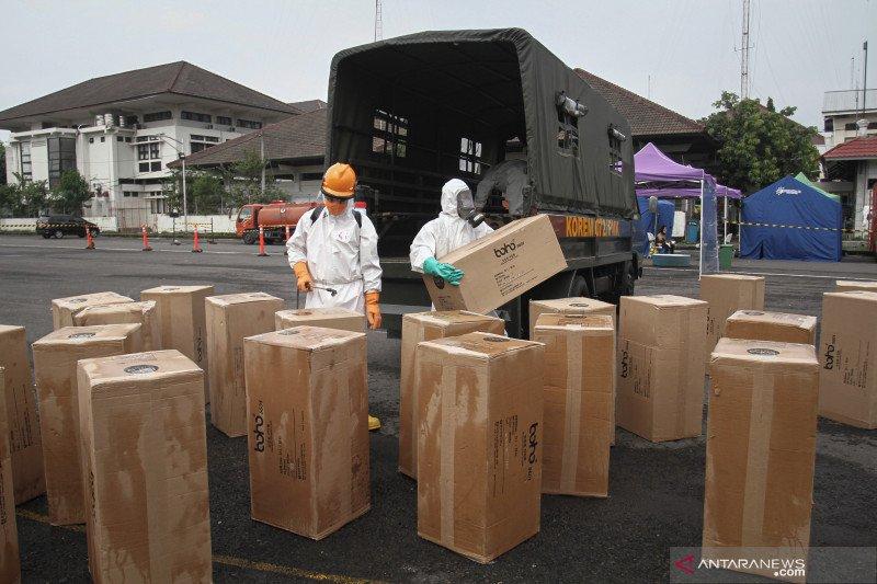 Distribusi APD dan masker di Yogyakarta