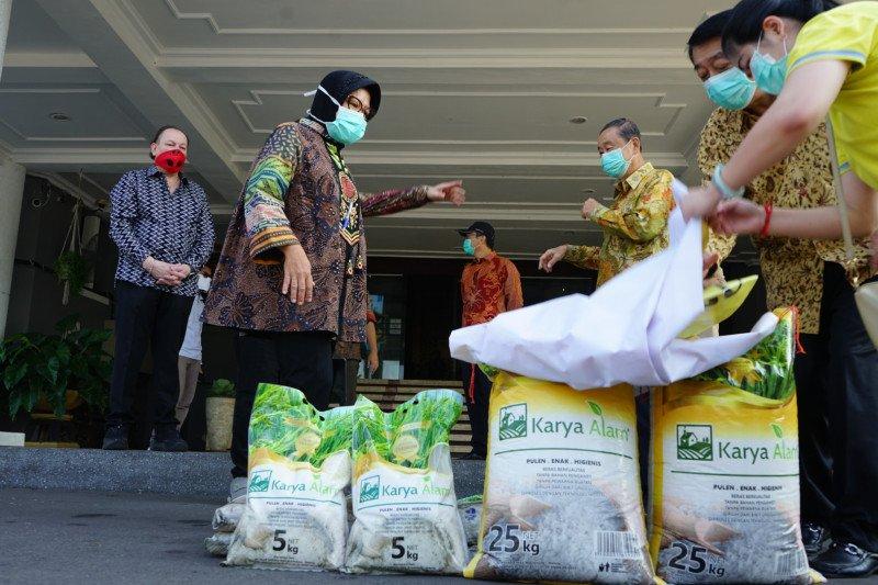 Surabaya dapat bantuan 200 ton beras untuk tangani COVID-19