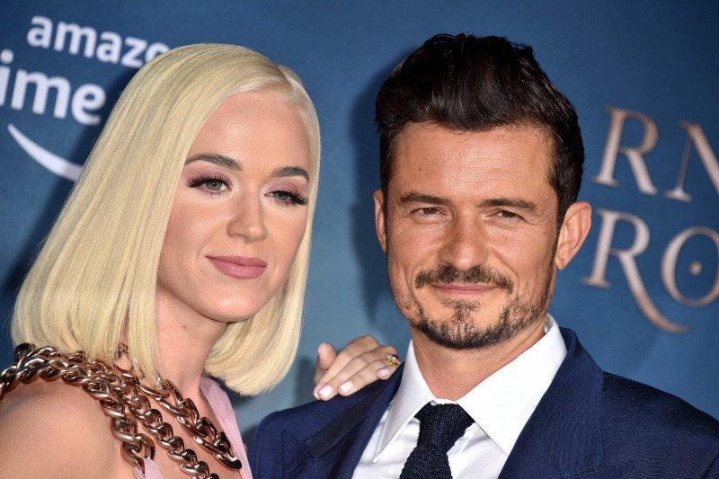 Katy Perry dan Orlando Bloom umumkan jenis kelamin janin