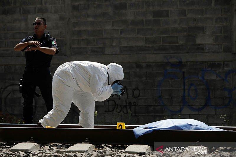 Presiden Meksiko perintahkan militer untuk menekan kekerasan jalanan