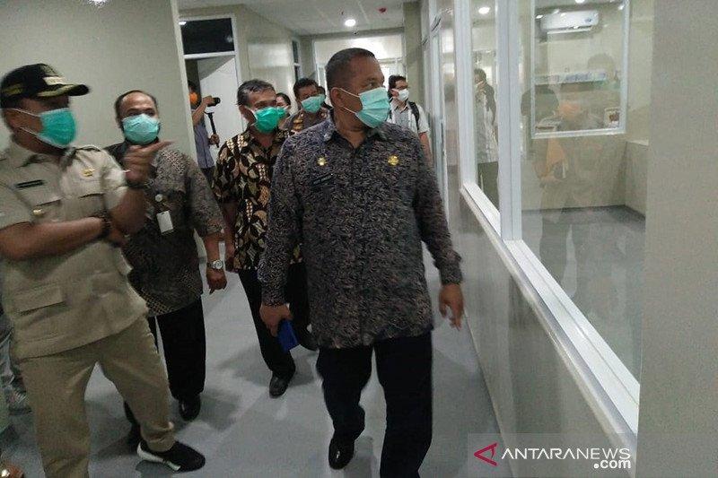 Rumah sakit rujukan COVID-19 di Karawang kekurangan tenaga medis