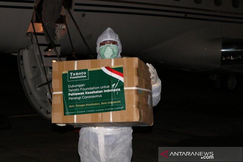 Tanoto Foundation datangkan 100.000 APD untuk tim medis Indonesia