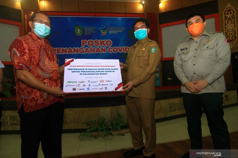 Satgas BUMN Kalbar salurkan bantuan senilai Rp3,892 miliar