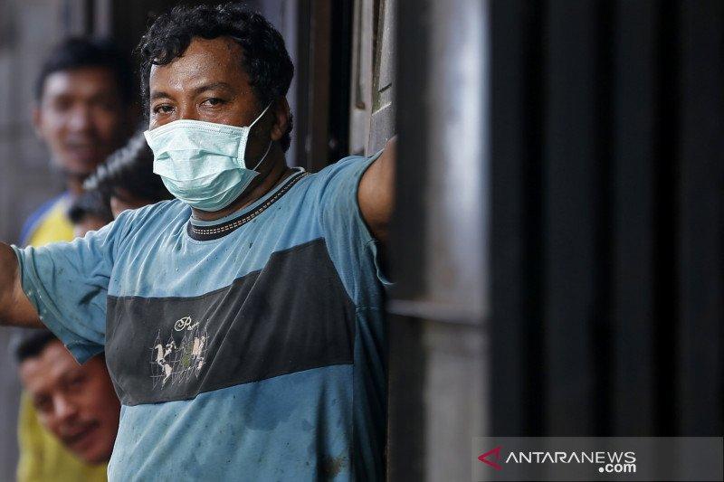 Hoaks, masyarakat tidak boleh keluar rumah karena ada angin pembawa penyakit