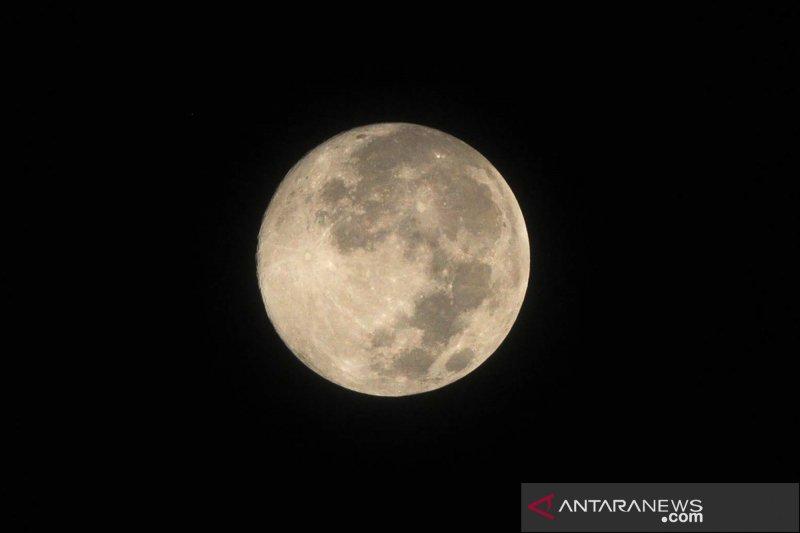 Asal-usul nama bulan purnama